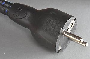 audioquest NRG-4 mit Schukostecker