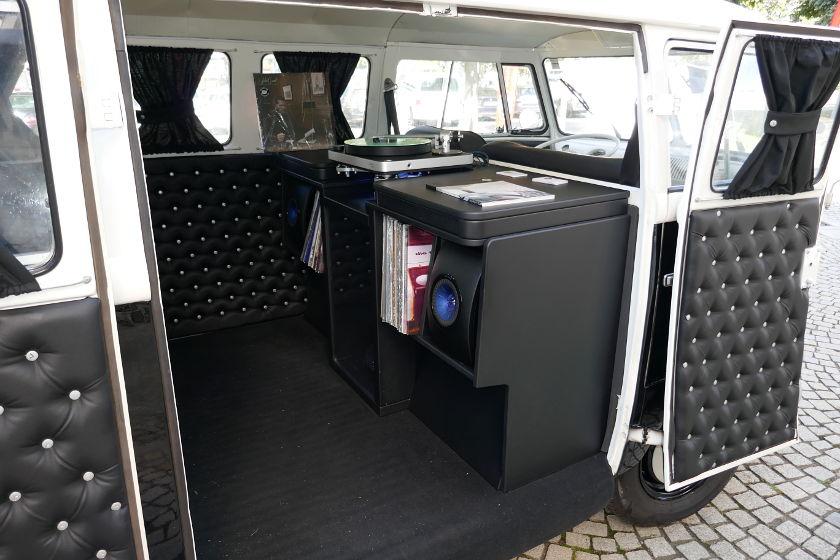 Süddeutsche HiFi-Tage -Clearaudio VW Bus
