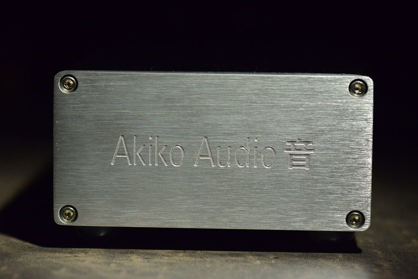 Akiko Audio Power Conditioner Minelli - Front