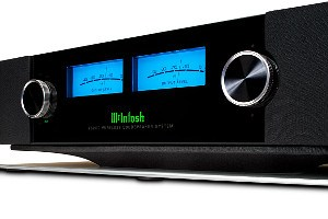 McIntosh RS200 Front