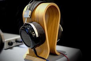 Headphone mit Ständer