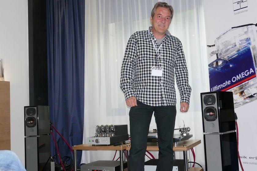 Thomas Kühn von Audioplan auf den Süddeutschen Hifi-Tagen