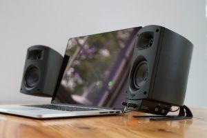 Das neue ProMedia 2.1 BT Soundsystem für den Schreibtisch