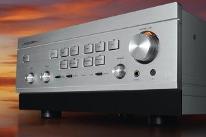 Der neue Class-A-Vollverstärker L-595A in der Special Edition von Luxman