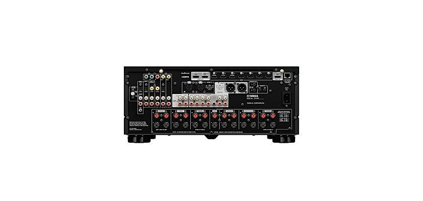 Yamaha AVENTAGE RX-A8A AC Reciever von Hinten