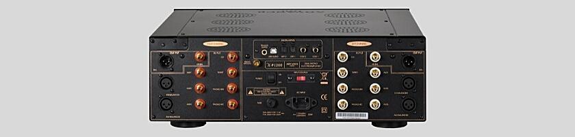 Der X-P1200 Stereo-Vorverstärker von Advanced Paris Rückansicht